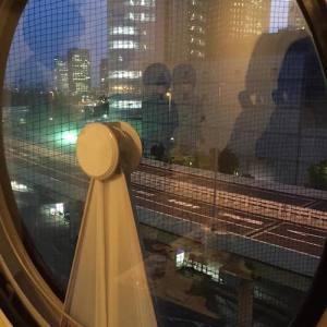 中銀カプセルタワー夜景
